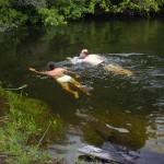 Nadadinha no rio