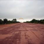 Decolando em uma pista de avião particular da Fazenda Sta. Colomba